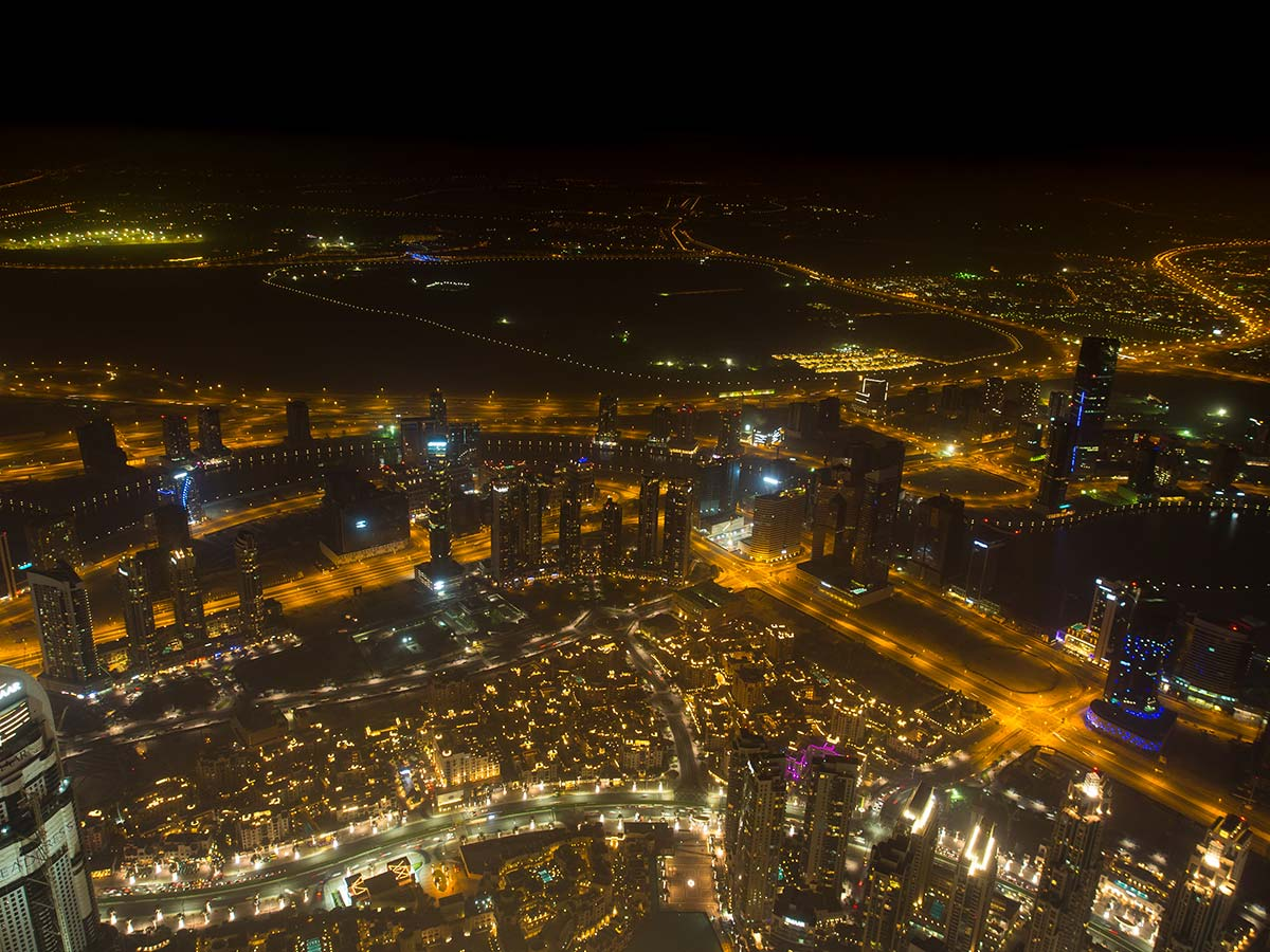 Burj Khalifa Aussichtsplattform At the Top Sky bei Nacht