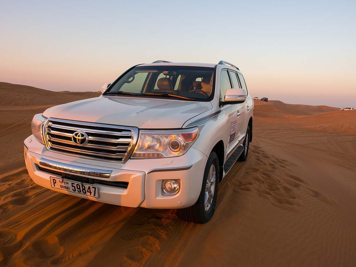 Der Jeep unserer Dubai Wüstensafari