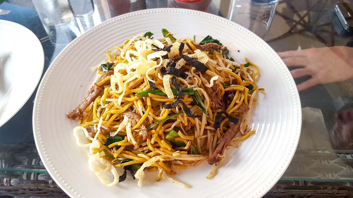 Nudeln mit Rinderstreifen bei The Noodle House